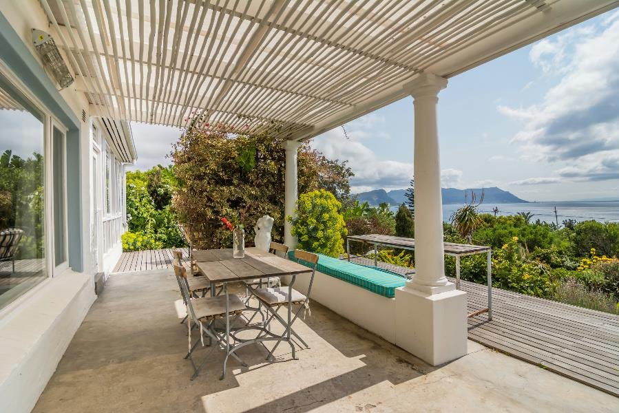 Property for sale in Simons Town, Southern Peninsula