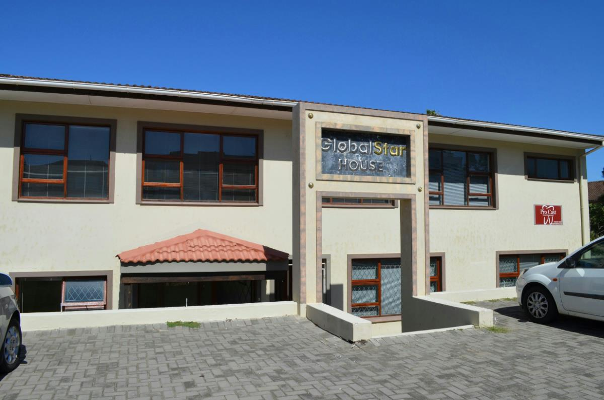 6 Bedroom House For Sale Jeffreys Bay 1JF