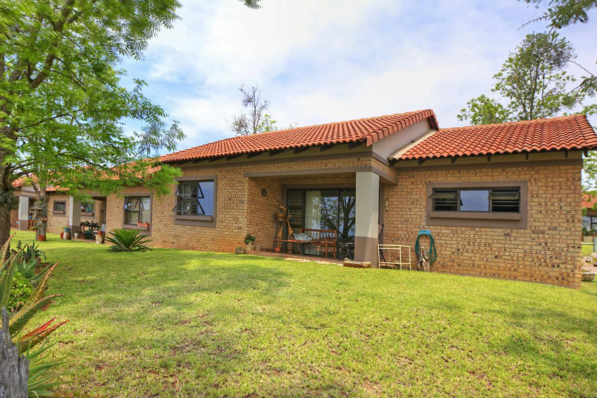 1 Bedroom Apartment For Sale Nelspruit 1ns1241722