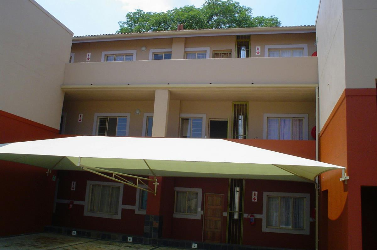 2 Bedroom Apartment For Sale Nelspruit 1ns1243575