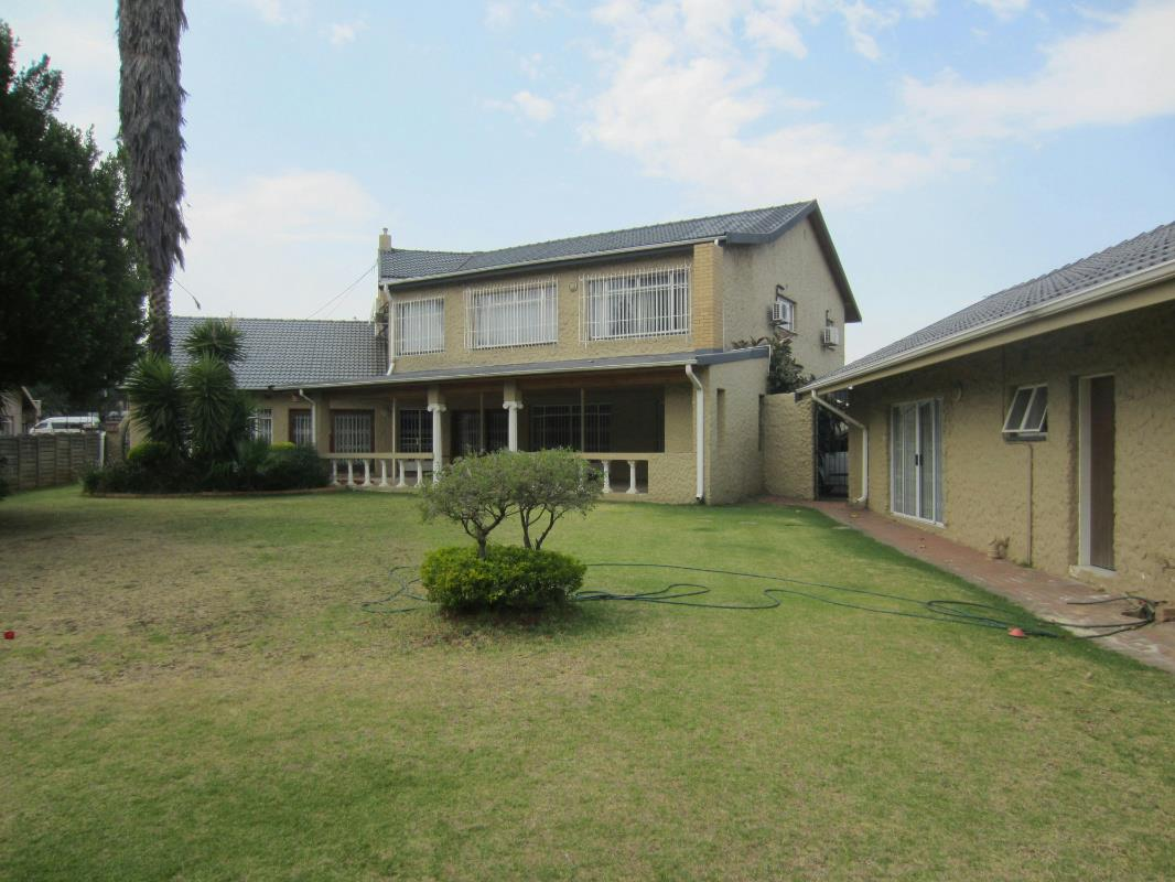 6 Bedroom House For Sale Bedfordview 1JE