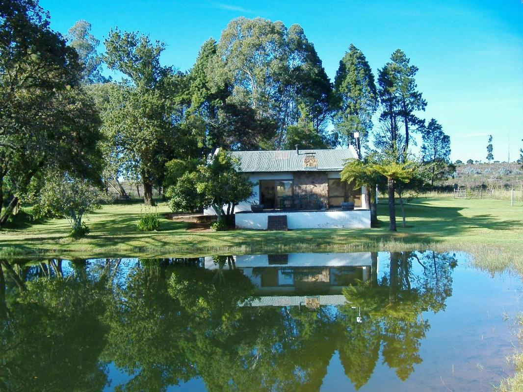 http://listing.pamgolding.co.za/Images/Properties/201511/528251/H/528251_H_3.jpg