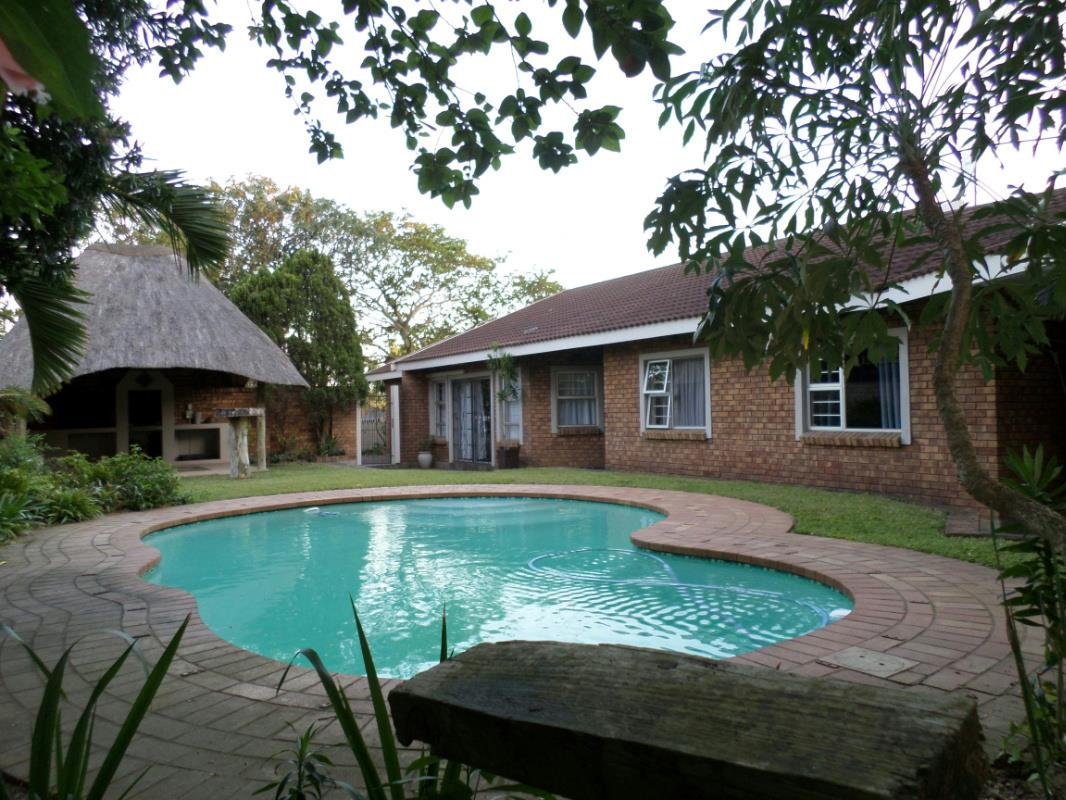 http://listing.pamgolding.co.za/Images/Properties/201511/529101/H/529101_H_6.jpg