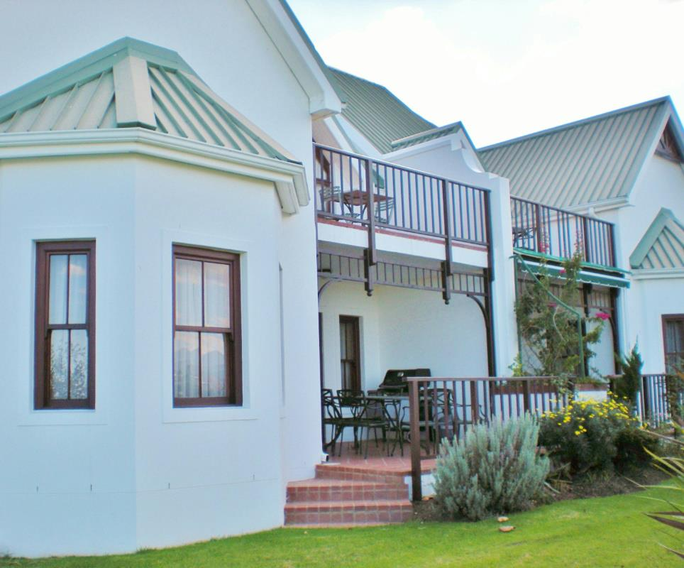 http://listing.pamgolding.co.za/Images/Properties/201512/402791/H/402791_H_1.jpg