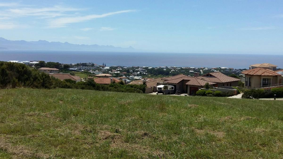http://listing.pamgolding.co.za/Images/Properties/201512/530335/H/530335_H_3.jpg