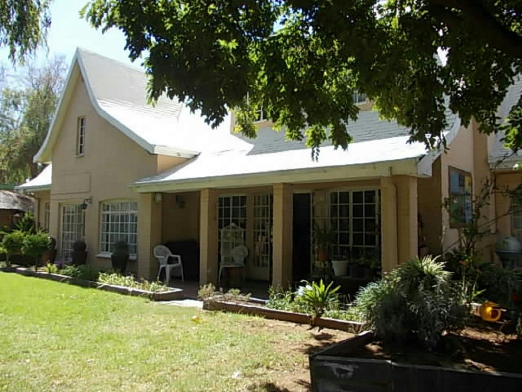 6 Bedroom House For Sale Parys 1SV