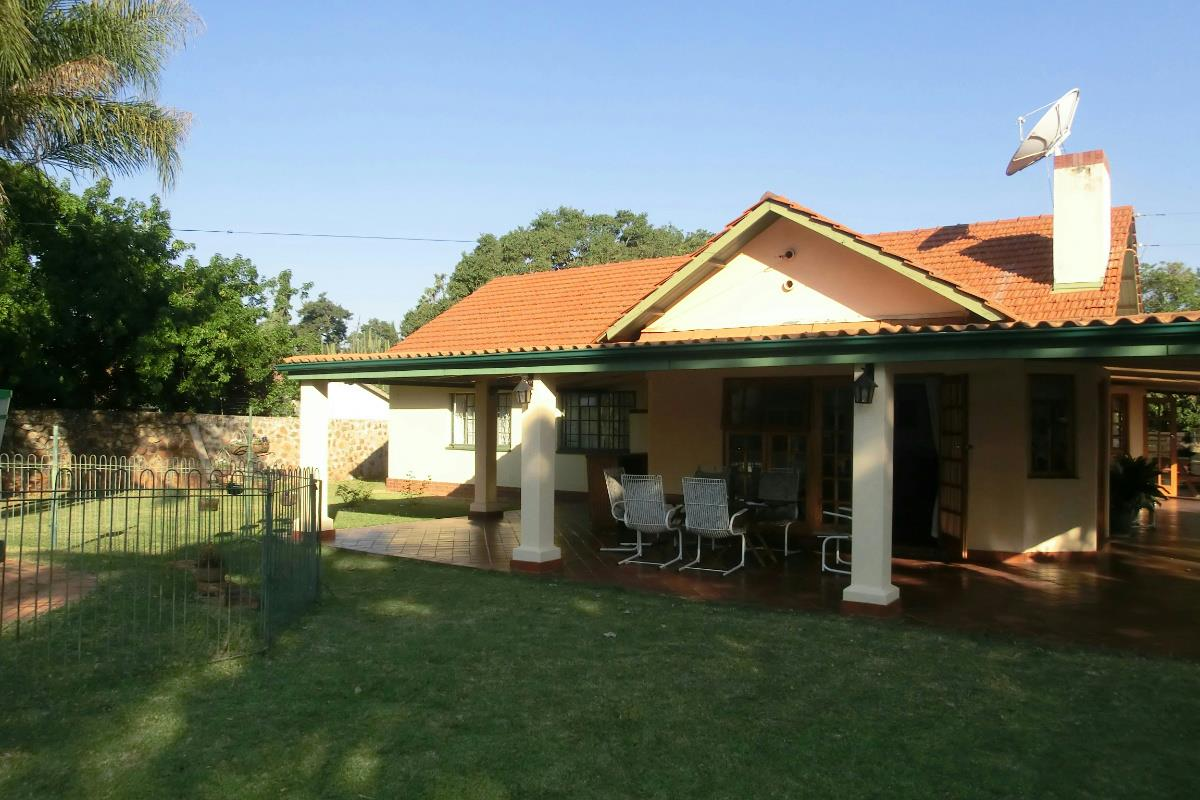 3 bedroom house for sale kamfinsa zimbabwe for 10 bedroom house for sale