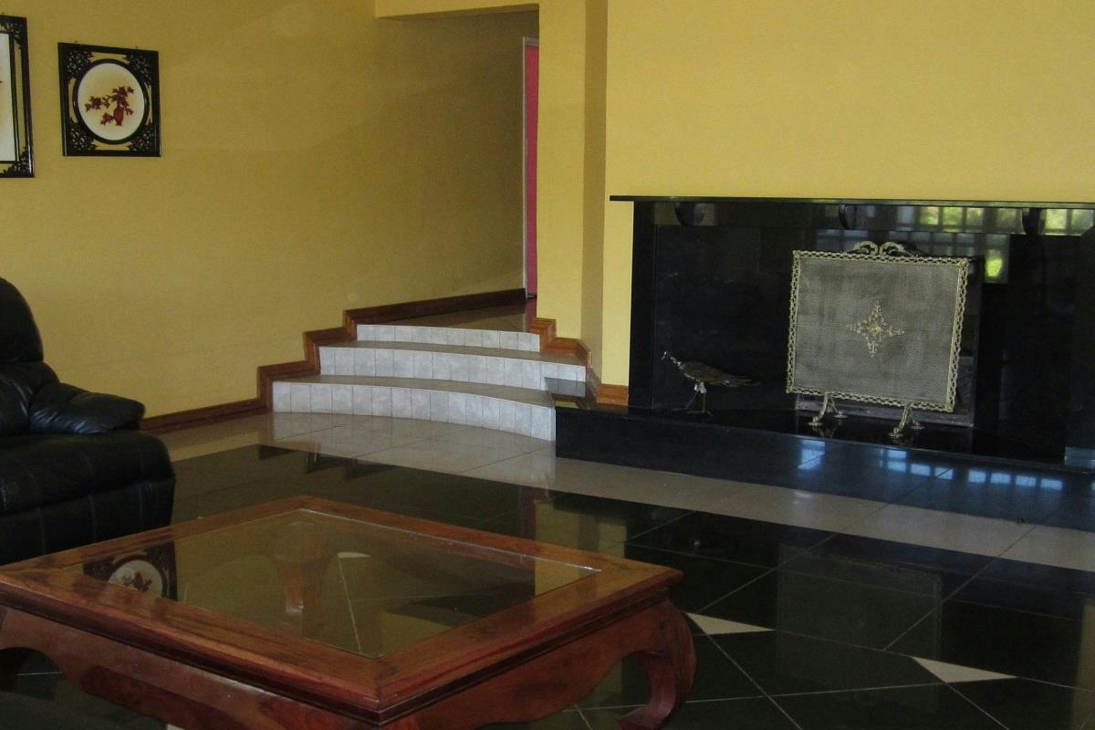 5 bedroom house for sale umwinsidale zimbabwe for Bedroom furniture zimbabwe