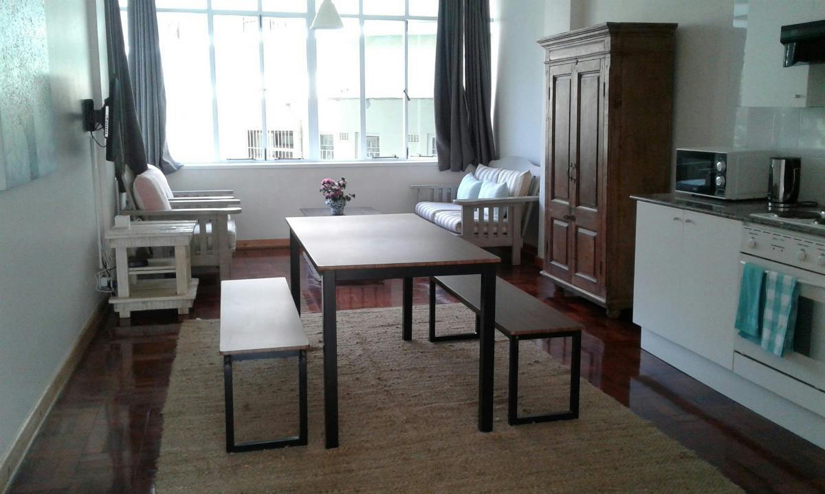 Back Room To Rent In Rosebank