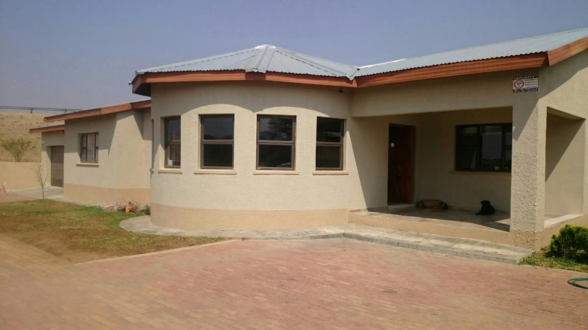 Foyer Goldings House : Residential properties for sale okahandja namibia