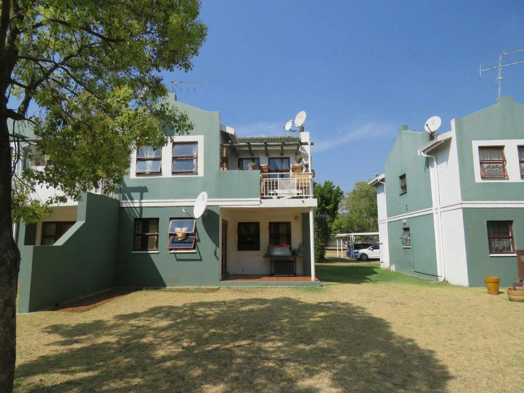 1 Bedroom Townhouse For Sale Lakefield 1en1287658 Pam Golding Properties