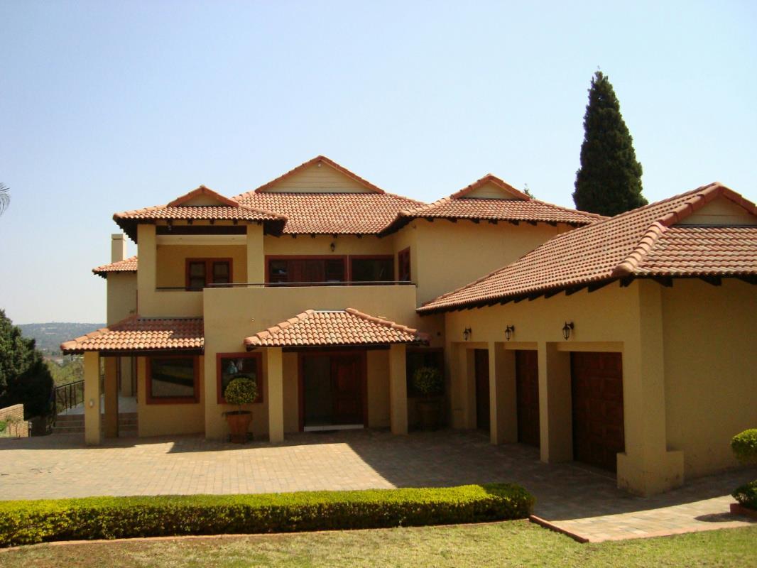 6 Bedroom House For Sale Faerie Glen PT