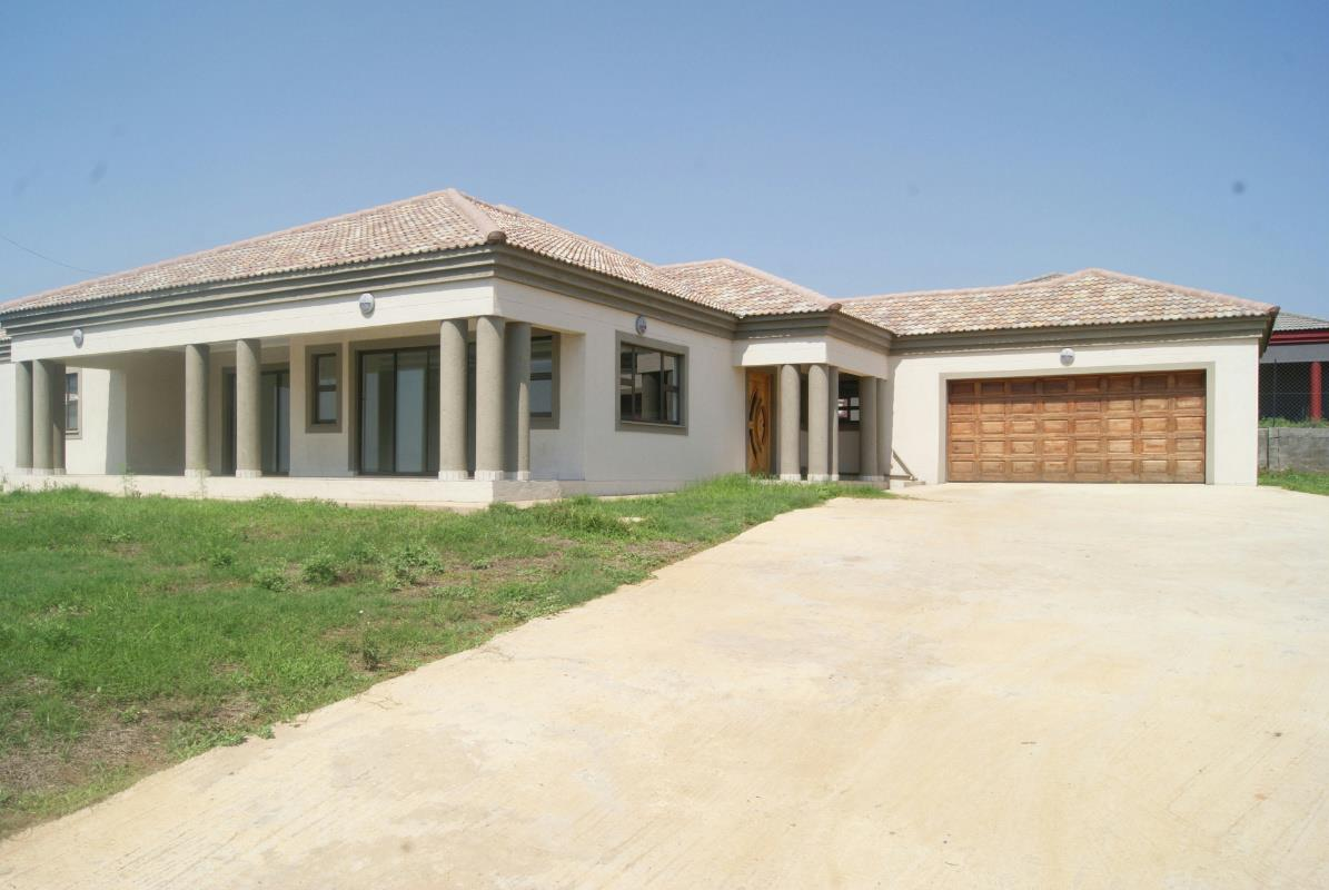 http://listing.pamgolding.co.za/Images/Properties/201610/588881/H/588881_H_1.jpg