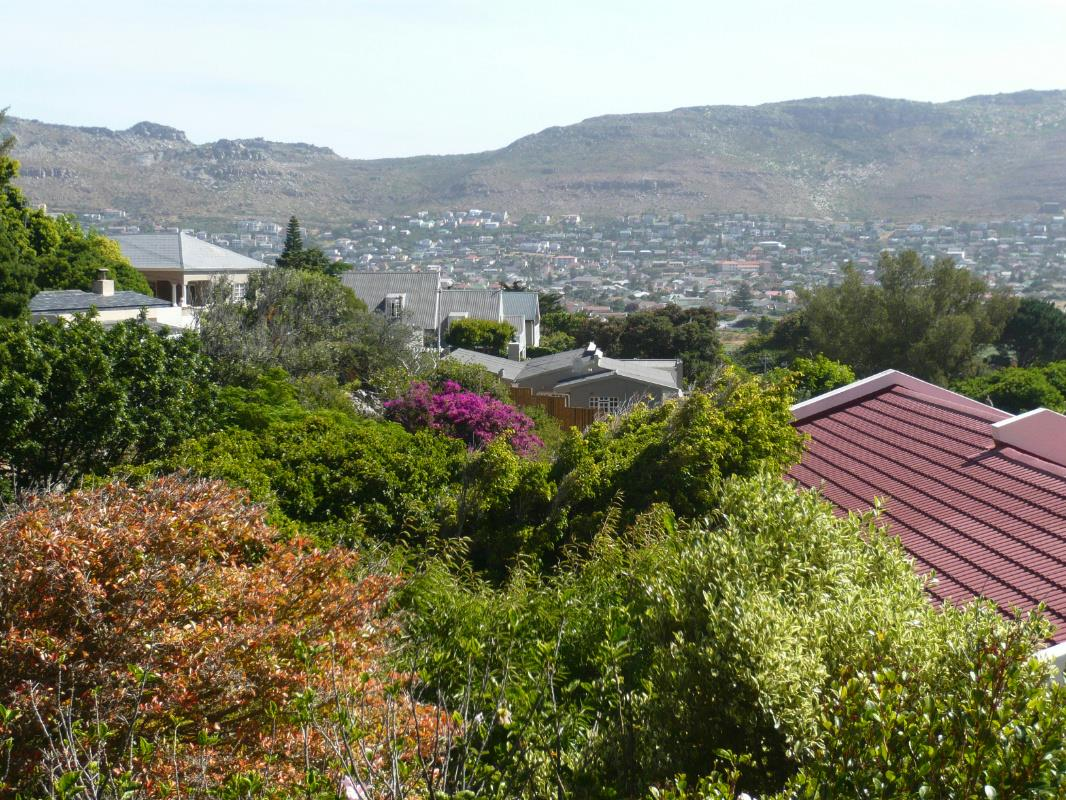 http://listing.pamgolding.co.za/Images/Properties/201612/550256/H/550256_H_4.jpg