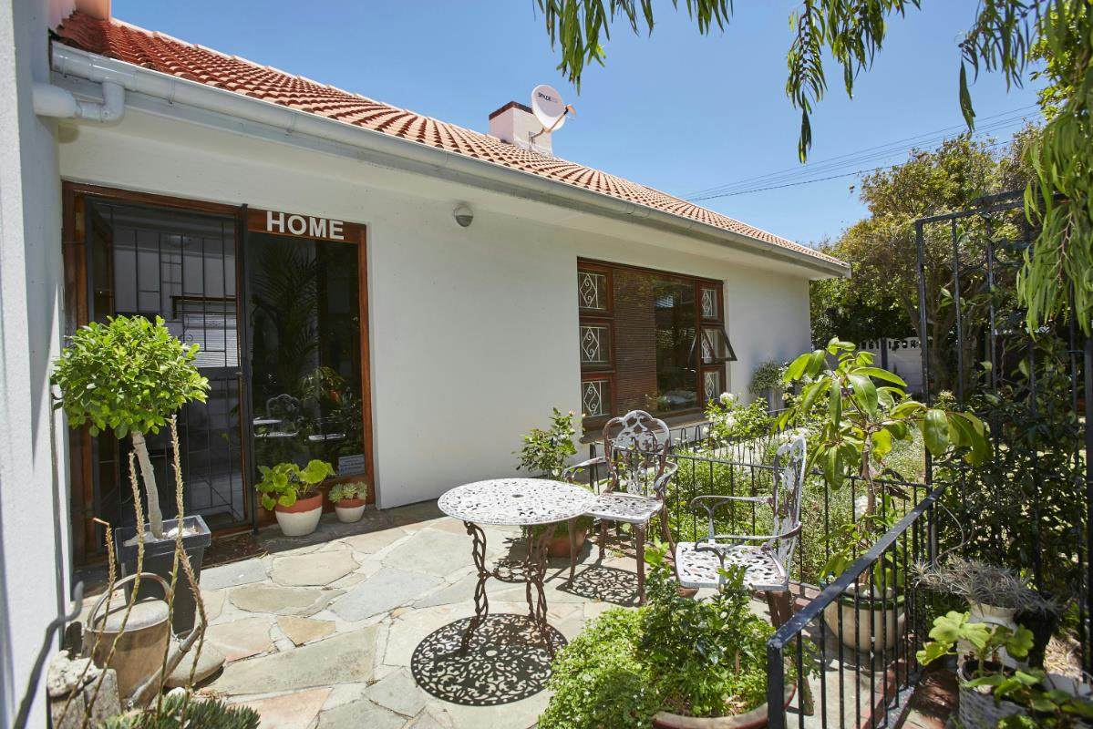 Property For Sale Lakeside Cape Town