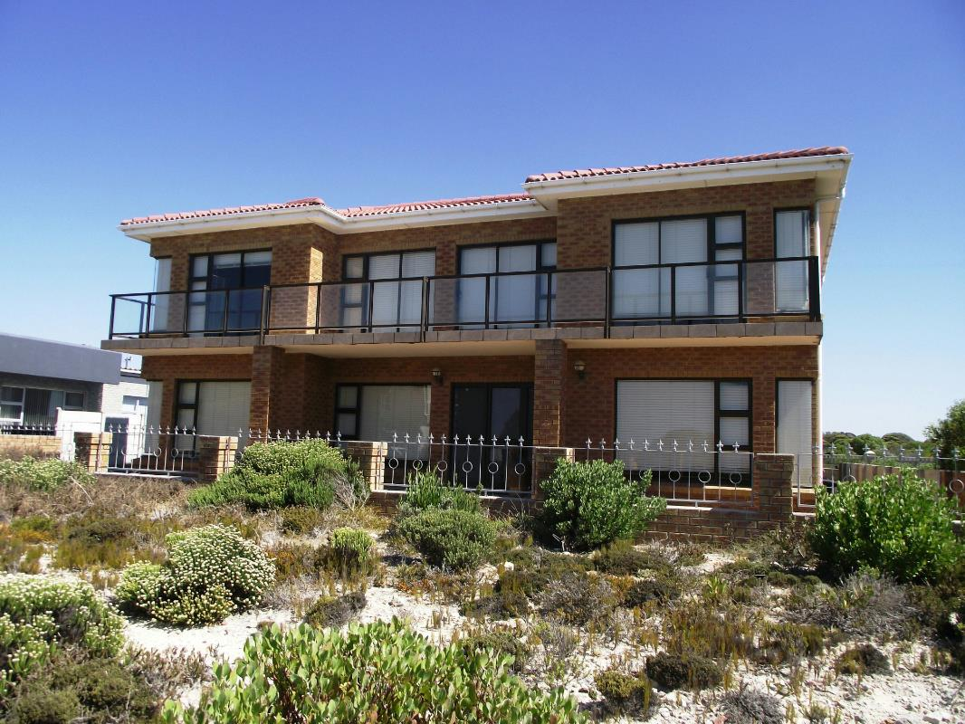 5 bedroom house for sale struisbaai 1sw1300060 pam for 15 bedroom house for sale
