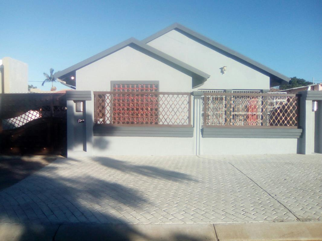 3 Bedroom House For Sale Seshego 1ps1304177 Pam