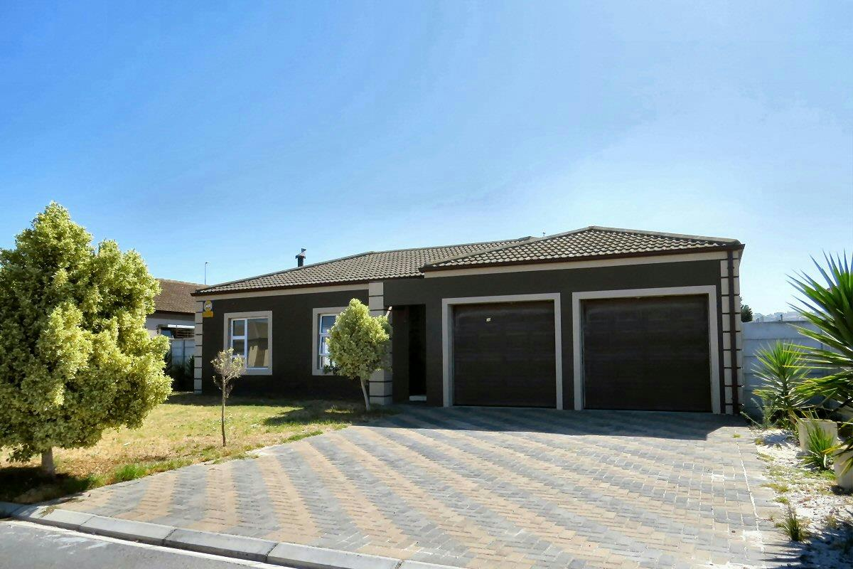 http://listing.pamgolding.co.za/Images/Properties/201702/607679/H/607679_H_16.jpg