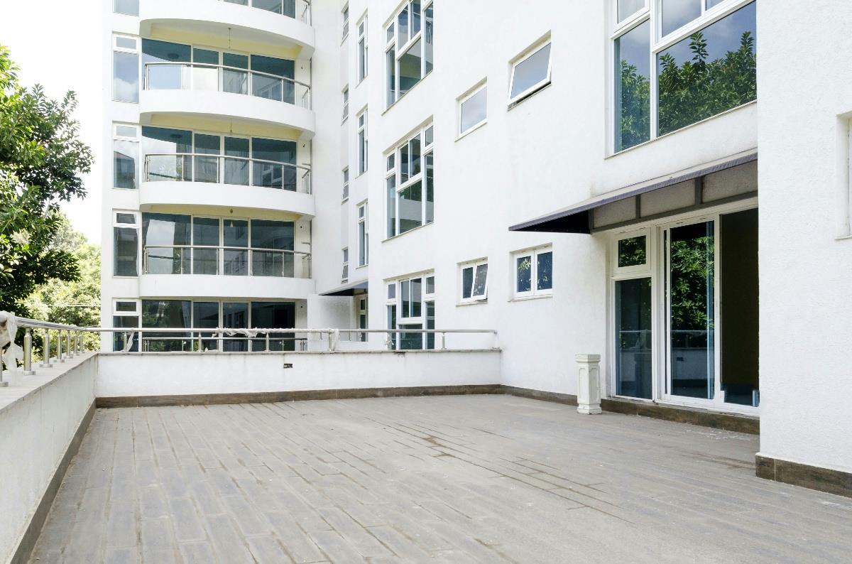 3 bedroom apartment to rent riverside kenya 3ke1306266 pam golding properties for 3 bedroom apartments in riverside ca