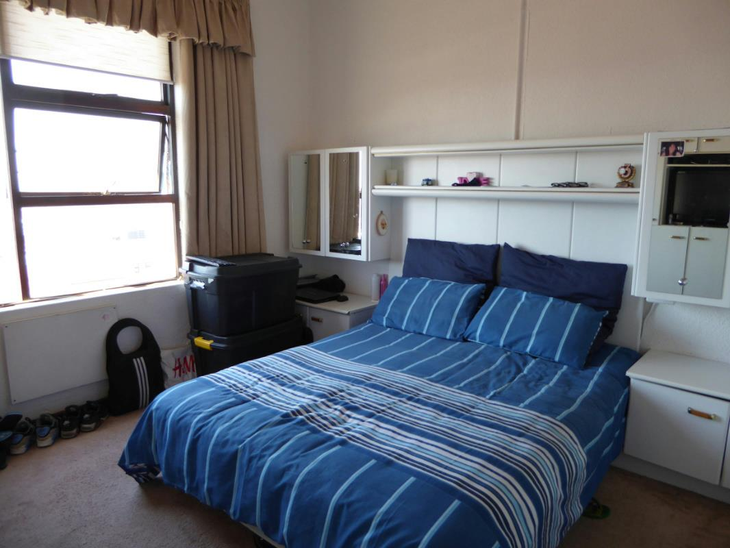 2 Bedroom Apartment For Sale Walmer Estate Cape Town