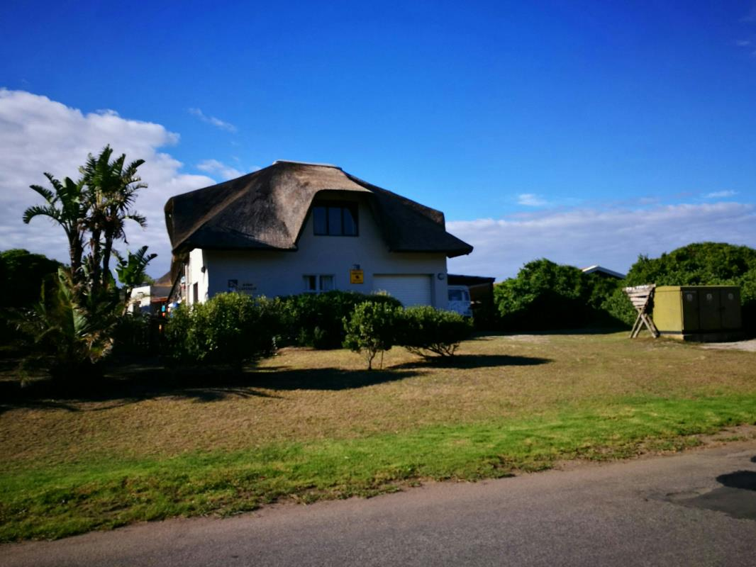 6 Bedroom House For Sale Cape St Francis