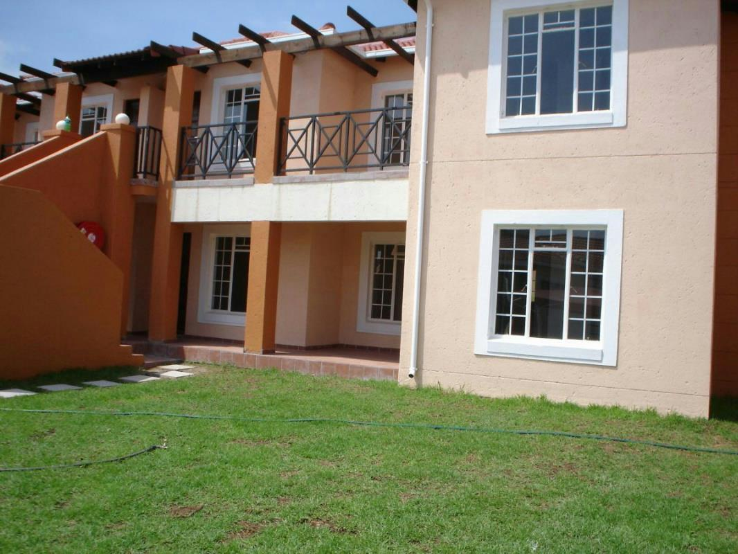 2 Bedroom Apartment For Sale Nelspruit 1ns1310350