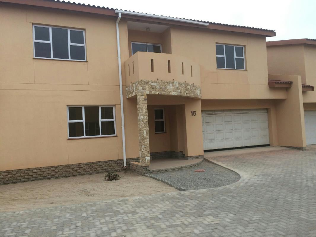 flats to rent in swakopmund