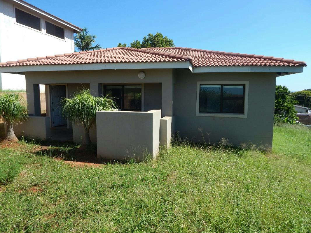 6 bedroom house for sale durban north 1nd1311966 pam for Six bedroom house for sale