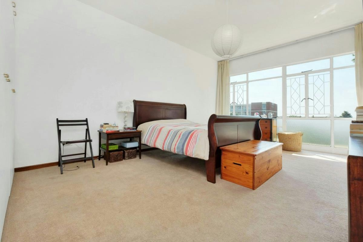 2 Bedroom Apartment For Sale Hyde Park Sandton Hp1314805 Pam Golding Properties