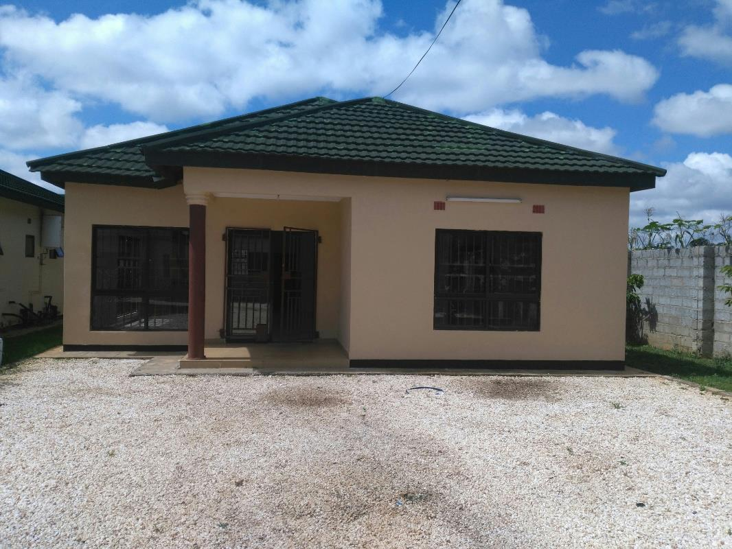 Property in zambia farms houses for sale pam golding for Houses for sale with attic room