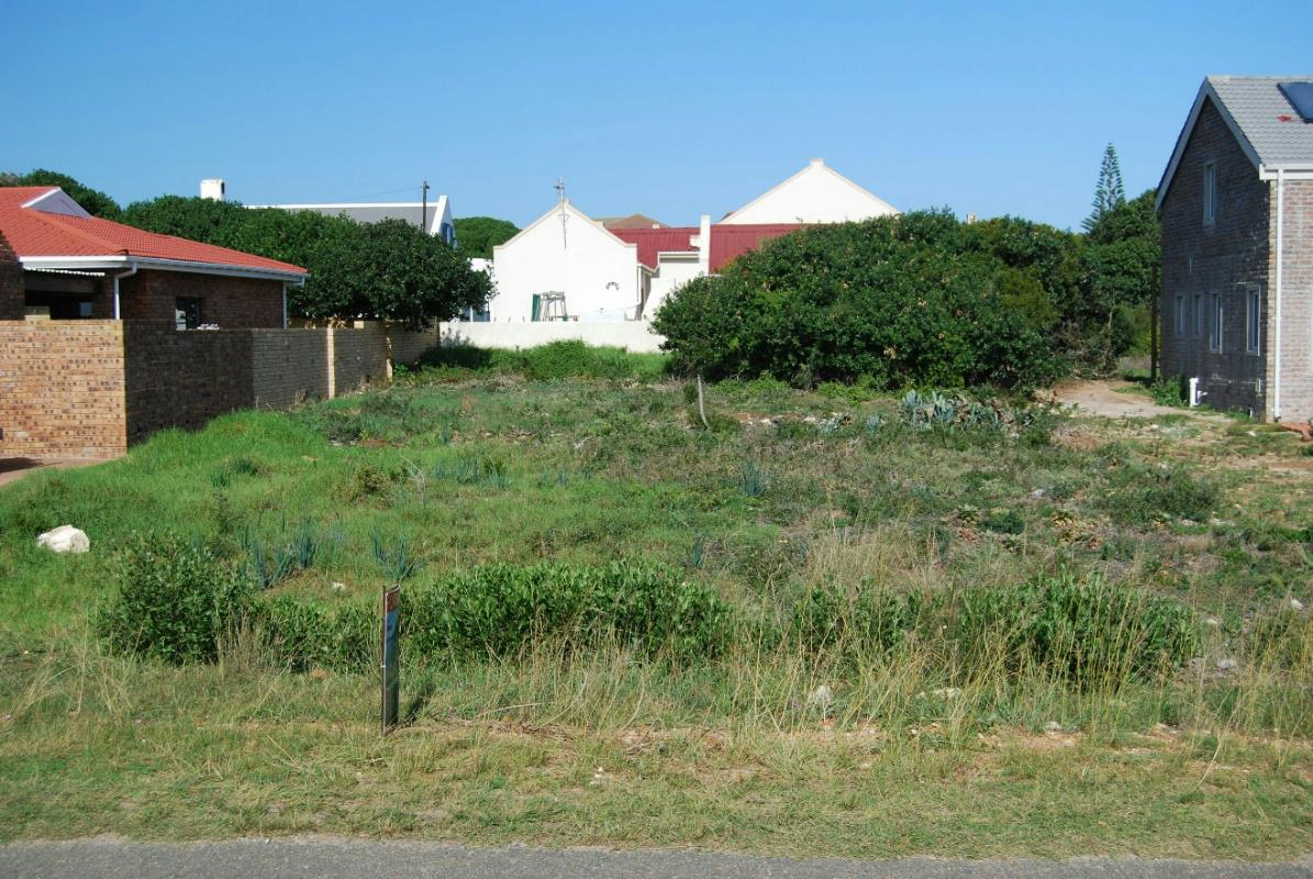 http://listing.pamgolding.co.za/Images/Properties/201705/467556/H/467556_H_9.jpg