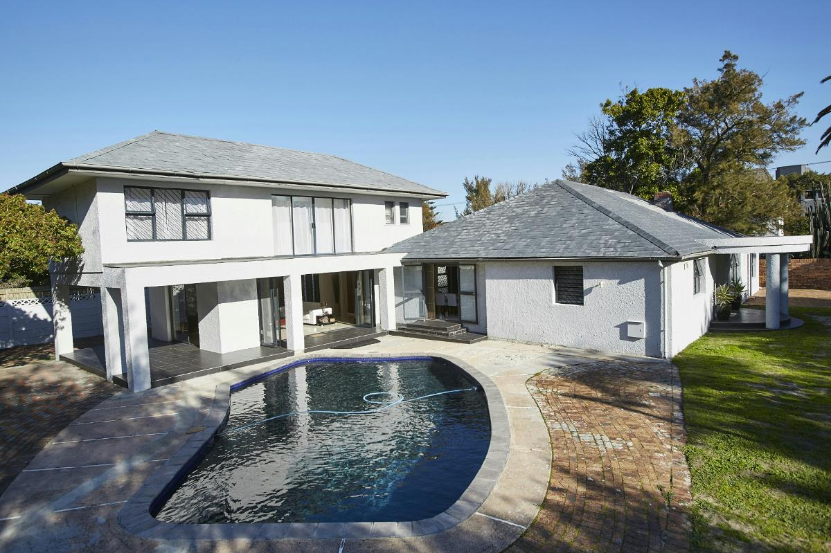 http://listing.pamgolding.co.za/Images/Properties/201707/681363/H/681363_H_1.jpg