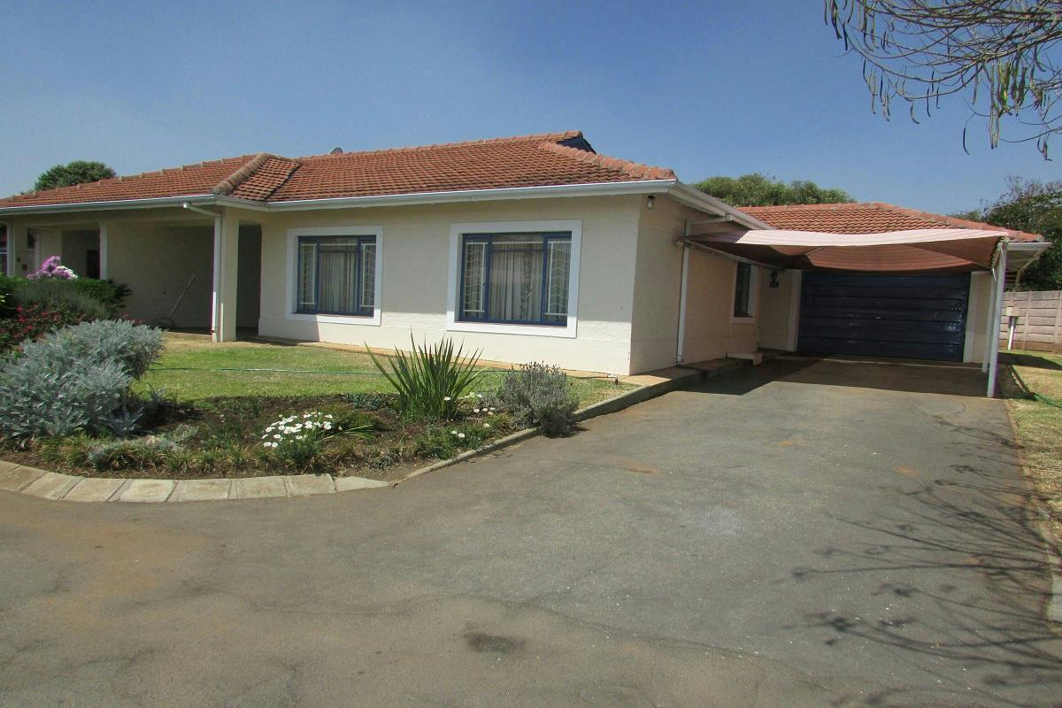 Properties for sale zimbabwe pam golding properties for Kitchen units for sale in harare