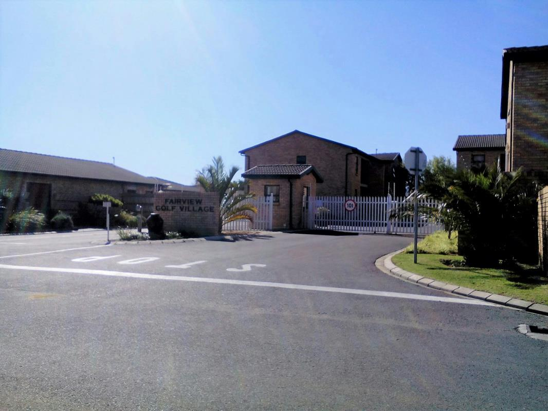 http://listing.pamgolding.co.za/Images/Properties/201710/739435/H/739435_H_9.jpg
