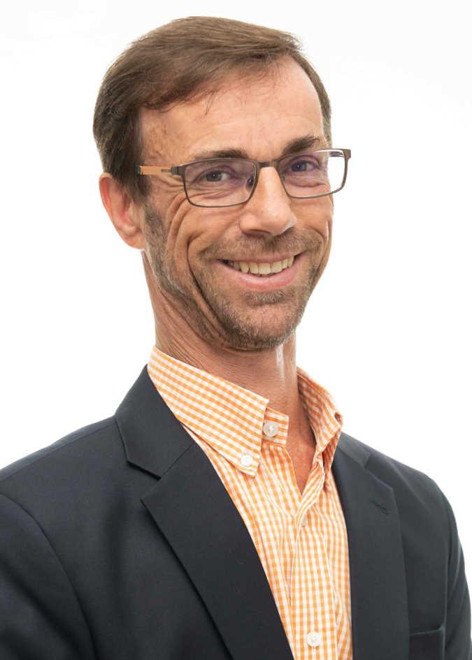 Peter Llewellyn