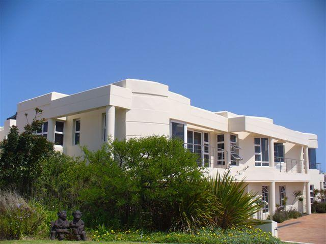 6 bedroom house for sale in Myburgh Park