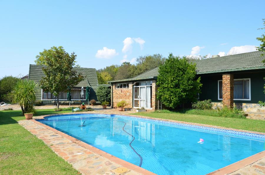 7.8 hectare game farm for sale in Hartbeeshoek