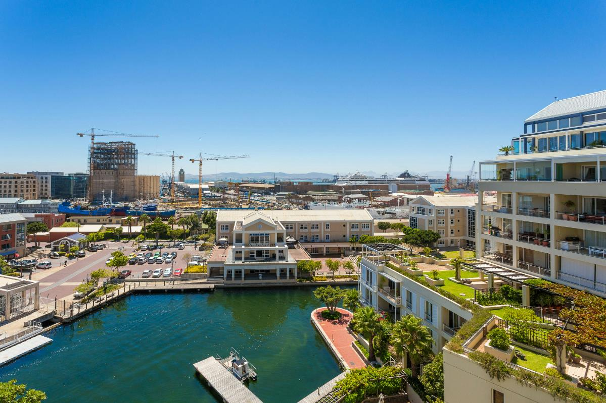 4 bedroom apartment for sale in Waterfront (Cape Town)