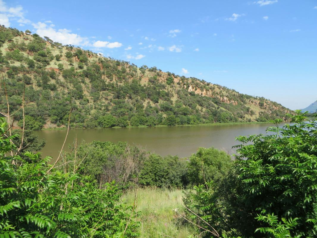 933 m² residential vacant land for sale in Estate D Afrique