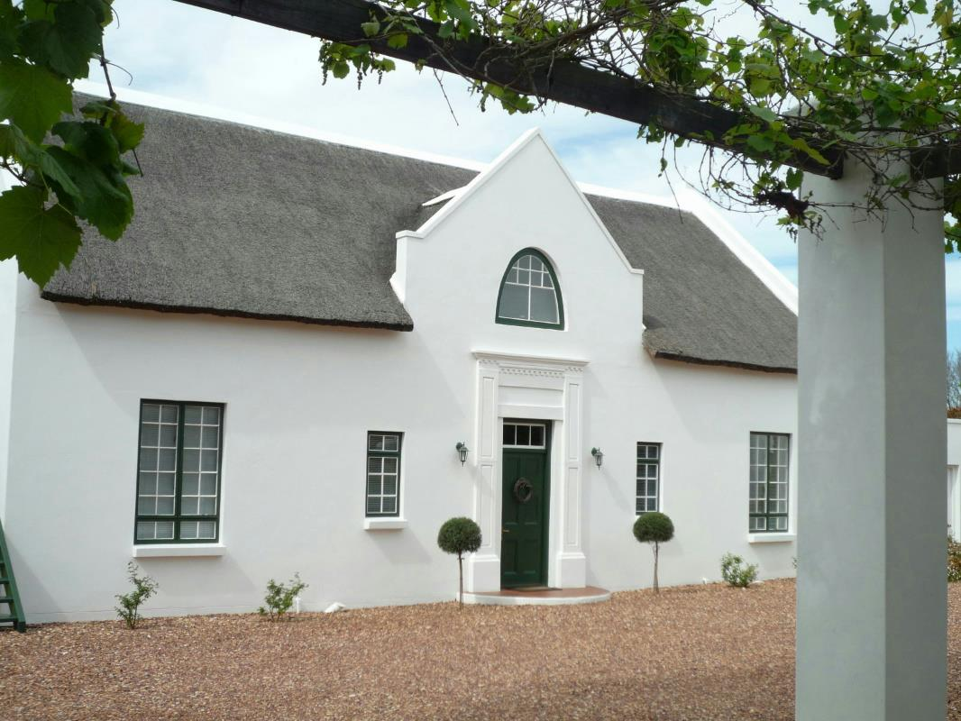 5-star 6 guest room guesthouse for sale in Swellendam