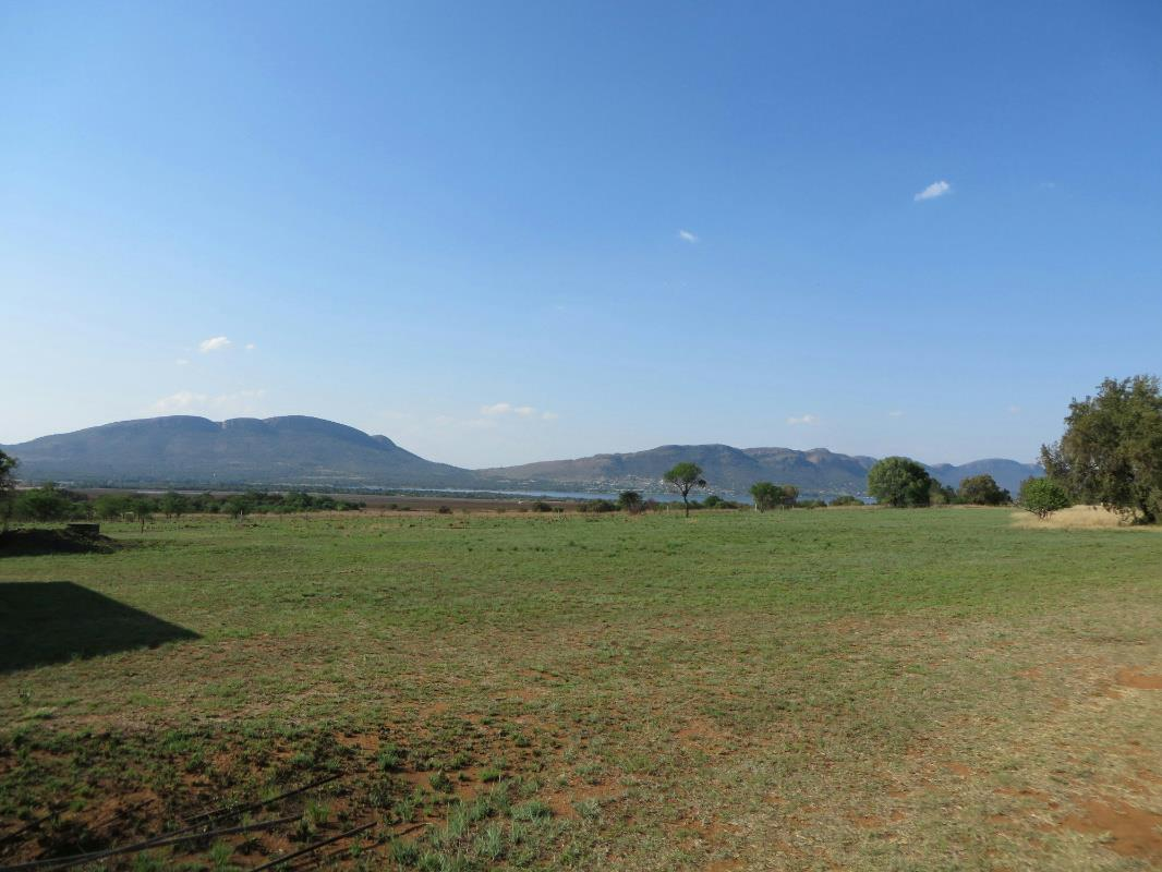 5.23 hectare mixed use farm for sale in Skeerpoort