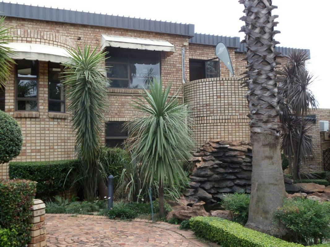 14 bedroom house for sale in Ruimsig