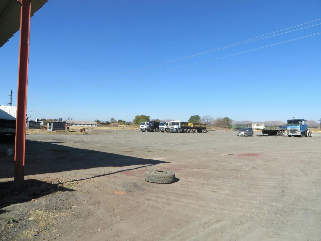 2.38 hectare mixed use farm for sale in Brits