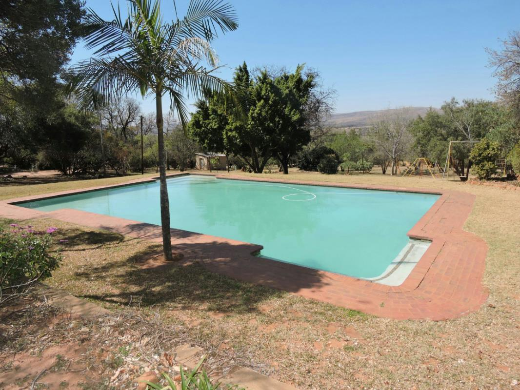 27.25 hectare mixed use farm for sale in Buffelspoort