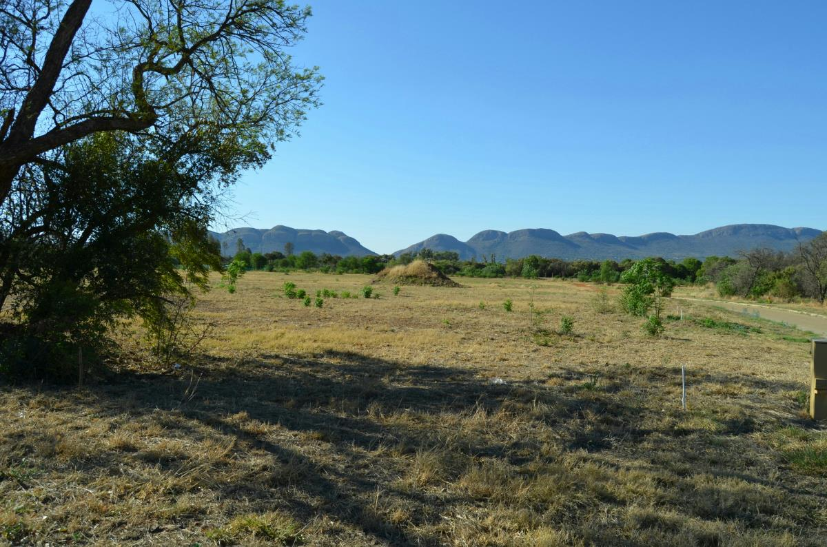 943 m² residential vacant land for sale in Red Stone Estate
