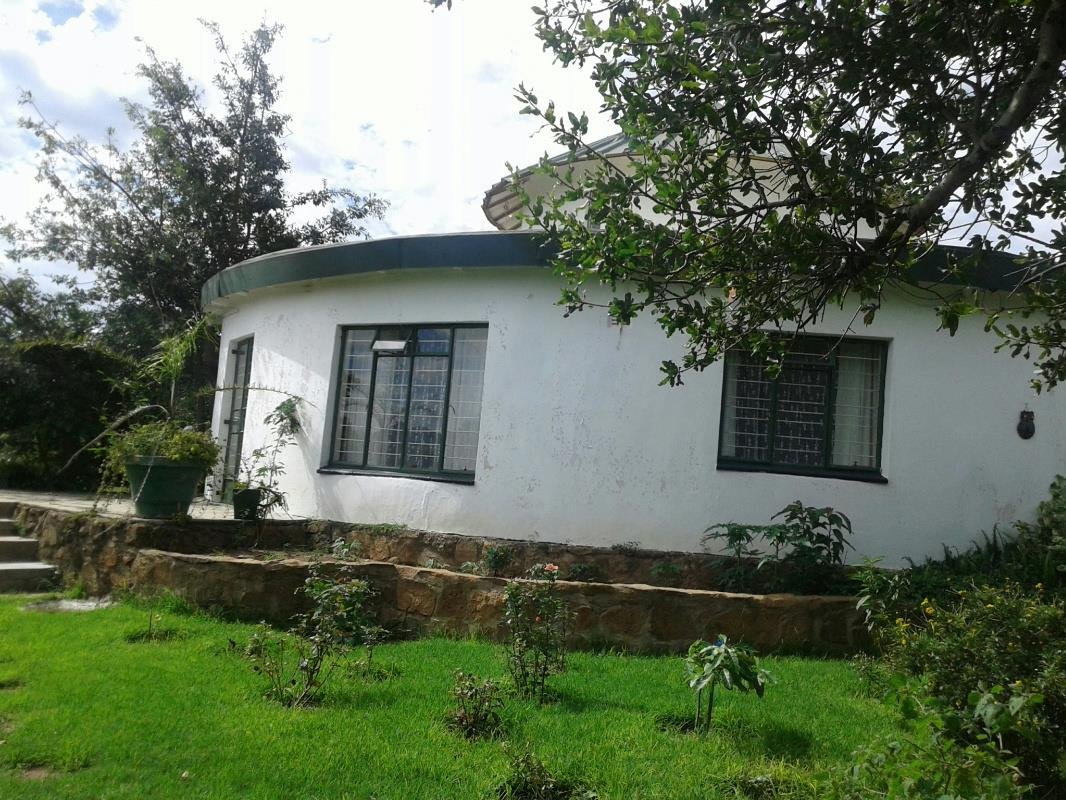 https://listing.pamgolding.co.za/Images/Properties/201703/615199/H/615199_H_5.jpg