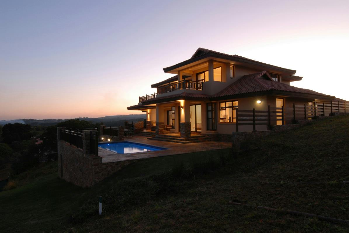 5 bedroom house for sale in Leisure Bay
