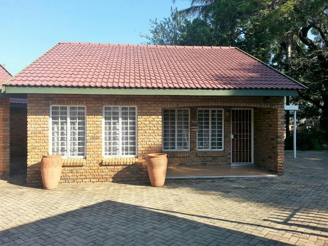 2 Bedroom Townhouse For Sale Polokwane 1ps1313907