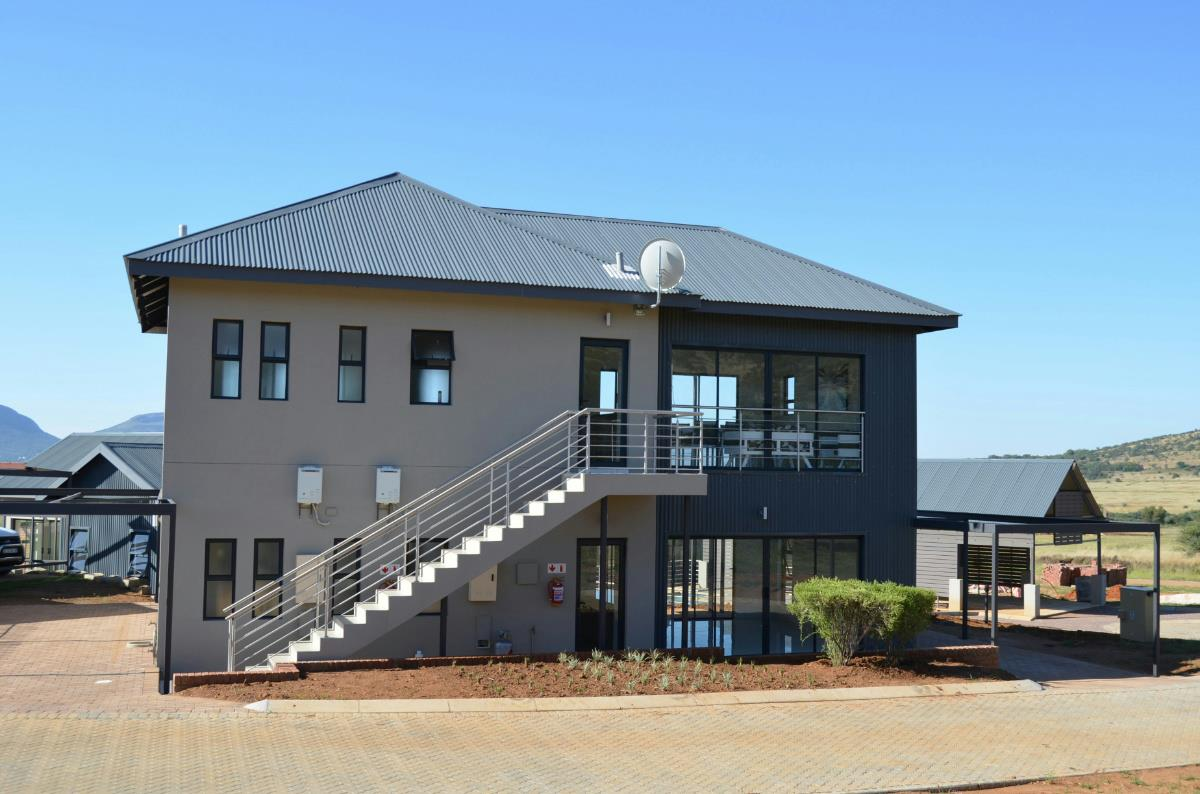 2 bedroom townhouse for sale in Red Stone Estate