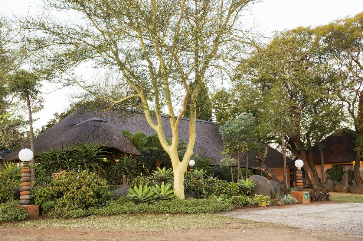 39 guest room guesthouse for sale in Lydenburg